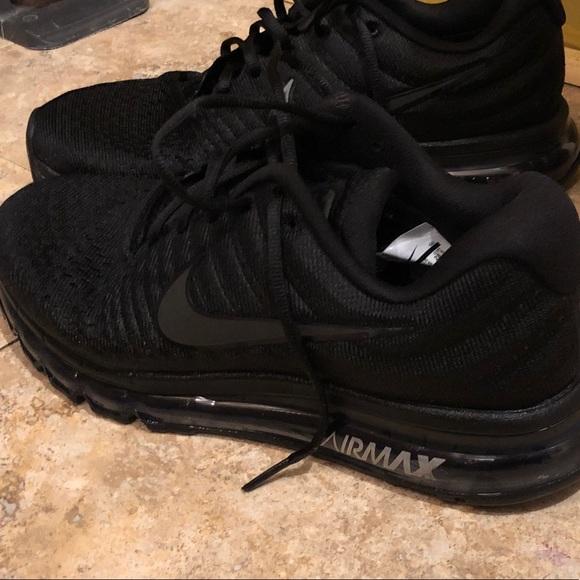 New Nike Airmax 2017 Triple Black Mens 7 10 Shoe NWT